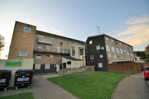 2 bedroom maisonette for sale - Hadrians Ride, Enfield