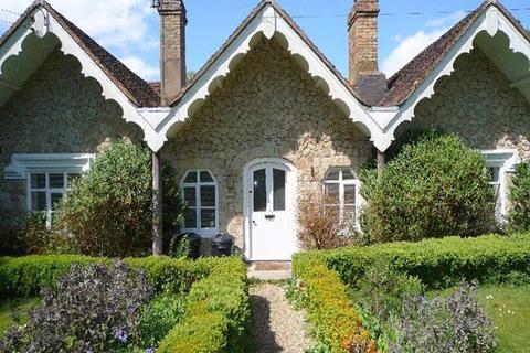 2 bedroom bungalow to rent - BAYLEYS HILL