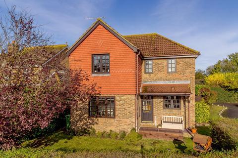 4 bedroom detached house for sale - Aveley Way, Maldon