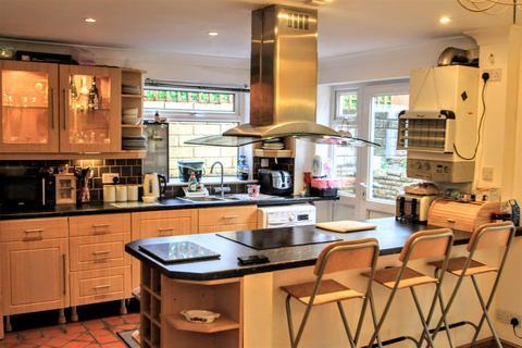 5 bedroom semi-detached house for sale - Catkin Drive, Penarth