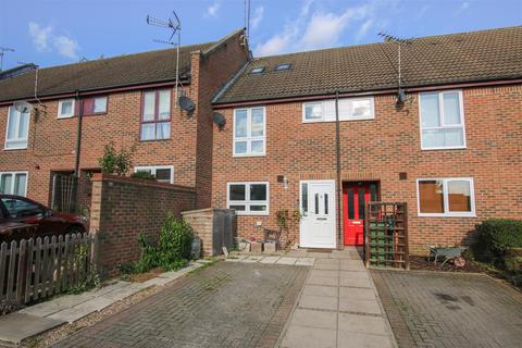4 bedroom terraced house for sale - Warwick Row, Aylesbury