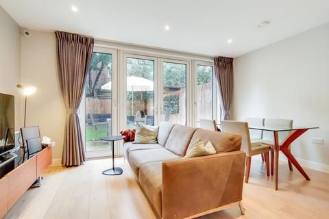 4 bedroom townhouse for sale - Mary Rose Square London SE16