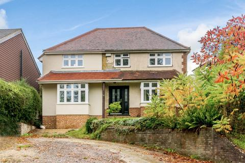 4 bedroom detached house for sale - Crondall Lane, Farnham, GU9