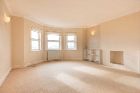 2 bedroom apartment for sale - Park Road, Southborough