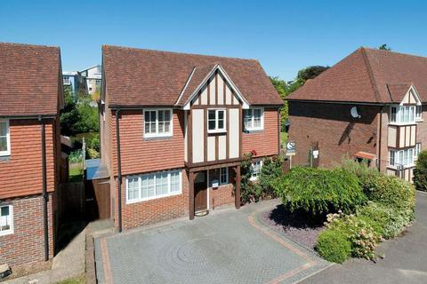 4 bedroom detached house to rent - The Moorings, College Avenue, Maidstone, ME15