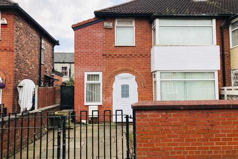 4 bedroom semi-detached house for sale - Farrant Road Longsight Manchester