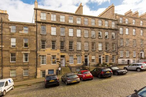 3 bedroom flat for sale - 18 (1F2) Dundonald Street, Edinburgh, EH3 6RY