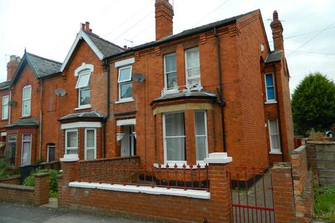 5 bedroom semi-detached house to rent - St Catherines Grove, Lincoln