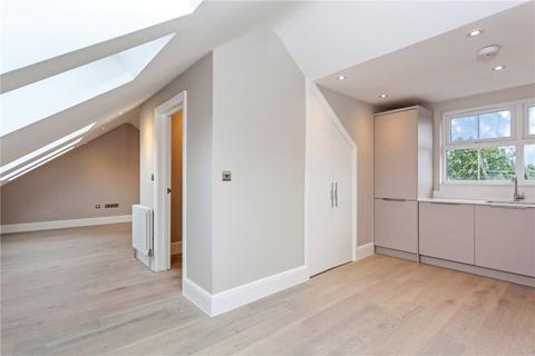 3 bedroom apartment to rent - Stockfield Road, London, SW16