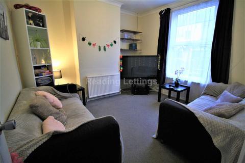 4 bedroom terraced house to rent - De Beauvoir Road, Reading