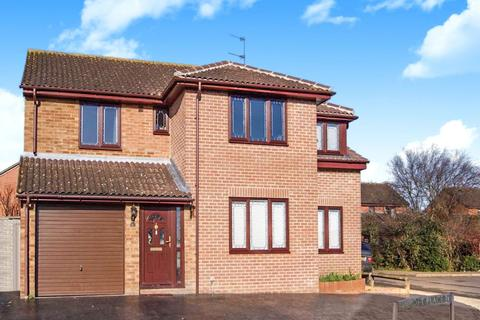 5 bedroom detached house to rent - Bancroft Place, Calcot, Reading, Berkshire, RG31
