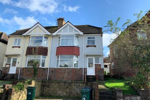4 bedroom terraced house to rent - Lower Bevendean Avenue, Bevendean