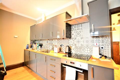 1 bedroom flat to rent - Clarence Square, City Centre, Brighton, BN1 2ED
