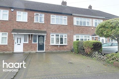 3 bedroom terraced house for sale - Ford Lane, Rainham, Essex