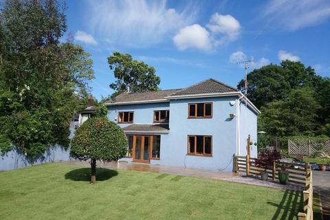 4 bedroom semi-detached house for sale - Wern Y Glais, Glais, Swansea, City And County of Swansea.