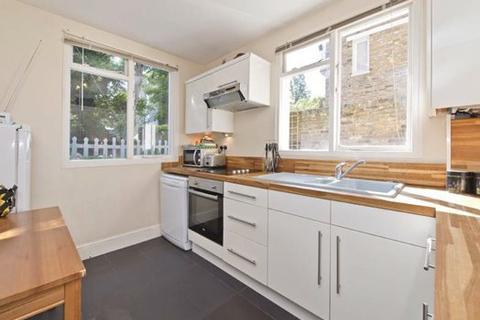 1 bedroom flat to rent - Brackenbury Rd,