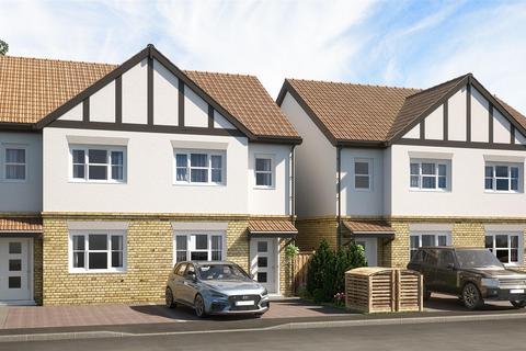 3 bedroom semi-detached house for sale - Yew Avenue, West Drayton, Uxbridge, UB7 8PF
