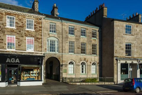 2 bedroom apartment for sale - Flat 2, 52 Stramongate, Kendal, Cumbria, LA9 4BD