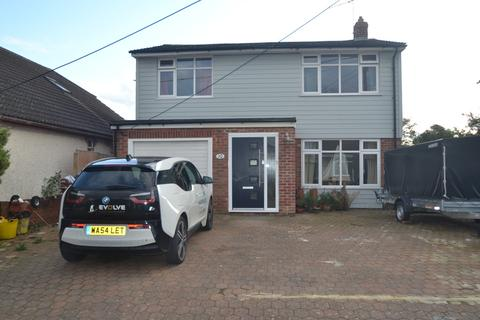 4 bedroom detached house to rent - Ringwood