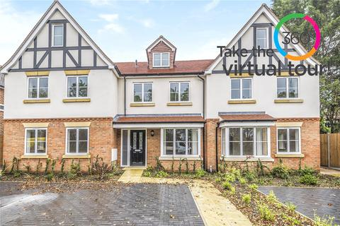 4 bedroom terraced house for sale - Hops House, Breakspear Road North, Harefield, UB9