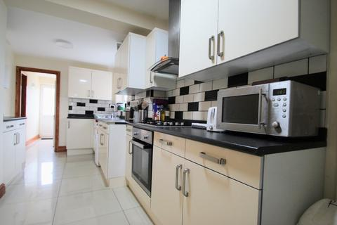 5 bedroom terraced house to rent - Cowley Road, Oxford