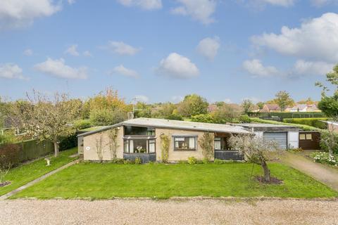 4 bedroom detached bungalow for sale - Leigh, Tonbridge