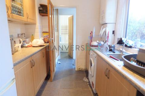4 bedroom terraced house to rent - Barclay Street