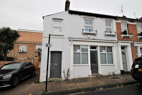 1 bedroom apartment to rent - Rawstorn Road, Colchester