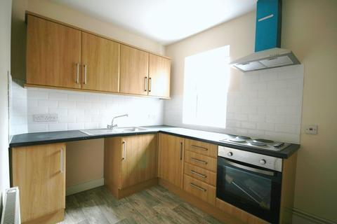2 bedroom apartment to rent - High Road, Ilford