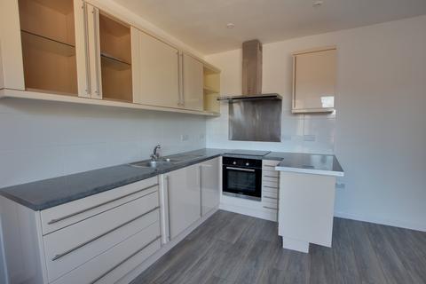 1 bedroom flat to rent - Princes Court, 28-30 Sea Road,
