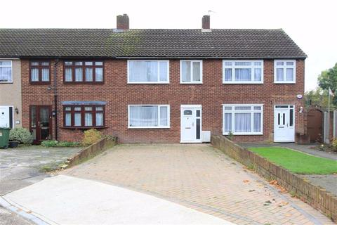 3 bedroom terraced house for sale - Merlin Close, Romford, RM5