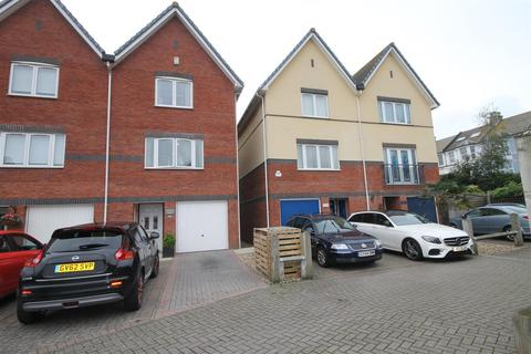 3 bedroom end of terrace house to rent - West Quay Newhaven
