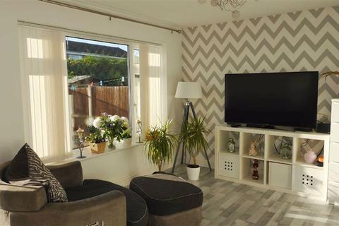3 bedroom semi-detached house to rent - Overton Close, Buckley, Flintshire, CH7