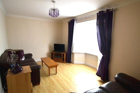 2 bedroom apartment for sale - London Road, Pembroke Dock
