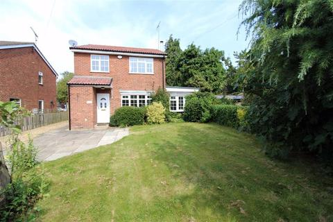 4 bedroom detached house to rent - High View, York Road, YO25
