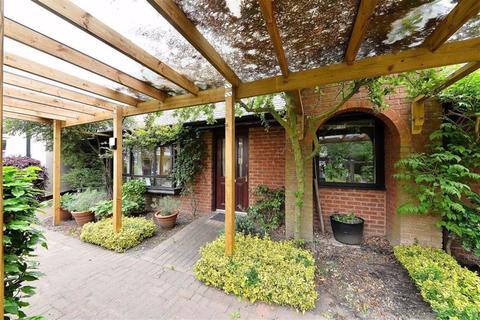1 bedroom retirement property for sale - Bushwood Court, St James Road