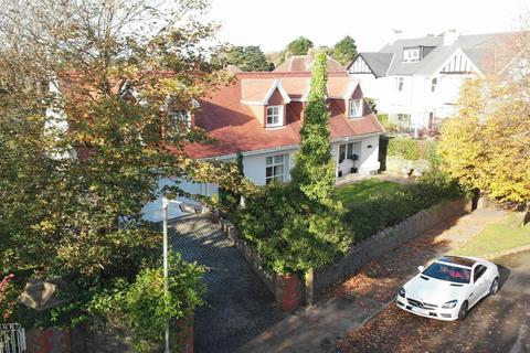 5 bedroom detached house for sale - Groves Avenue, Langland, Swansea