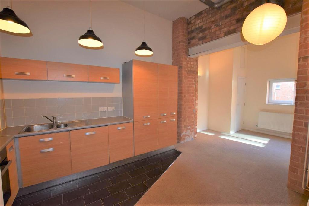 Open Plan Living/Dining Kitchen