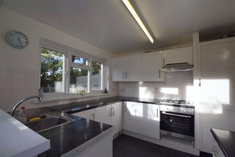 4 bedroom semi-detached house to rent - Devonshire Road, Colliers Wood, London, SW19