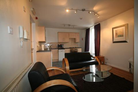 1 bedroom flat to rent - Flat 4, 2b Wood Lane, Headingley
