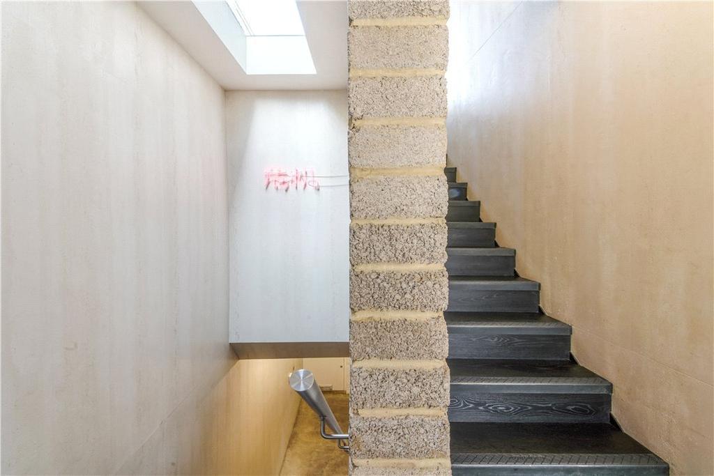 E2: Hallway