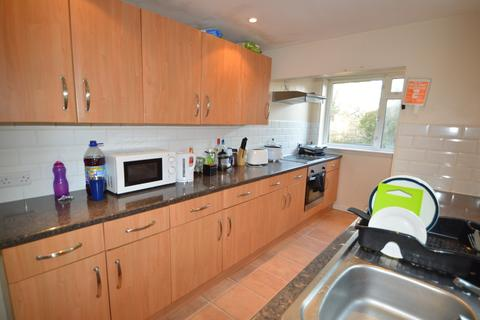 6 bedroom house share to rent - 67 St Anne's Road, Headingley, Leeds LS6