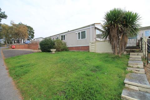 2 bedroom detached bungalow for sale - Charlcombe Park, Down Road, Portishead, Bristol, BS20 8LD