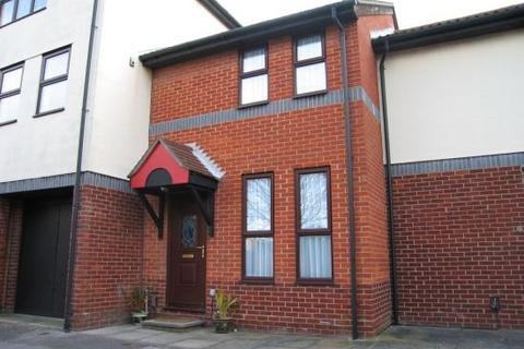 2 bedroom terraced house to rent - Armory Lane Old Portsmouth PO1