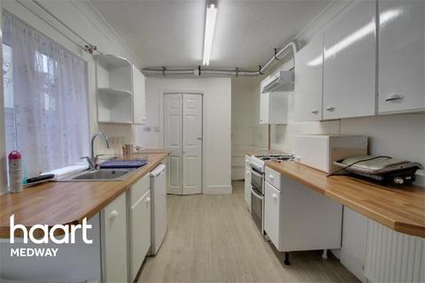 3 bedroom terraced house to rent - Ferndale road, Gillingham, ME7