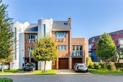 4 bedroom end of terrace house for sale - Tallow Road, Brentford, Middlesex, TW8