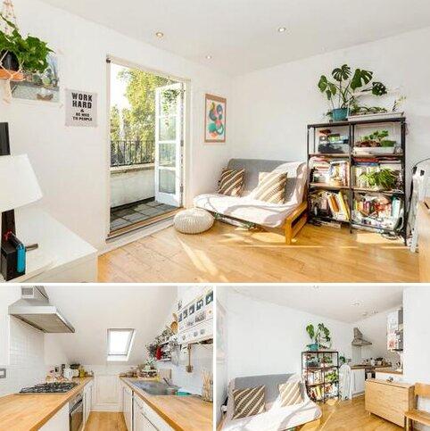 1 bedroom apartment to rent - Sandringham Road, Hackney, London, E8
