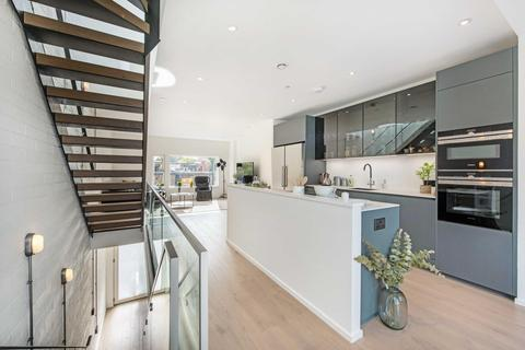 4 bedroom mews for sale - KING'S MEWS, SW4