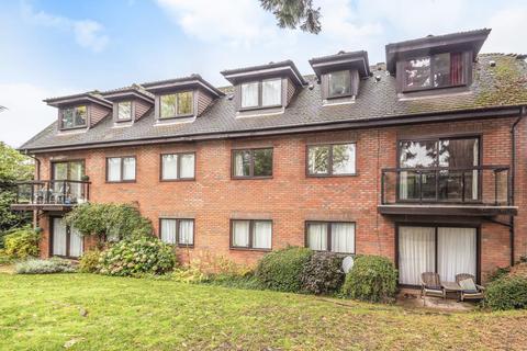 2 bedroom flat for sale - Woodside Park, London, N12