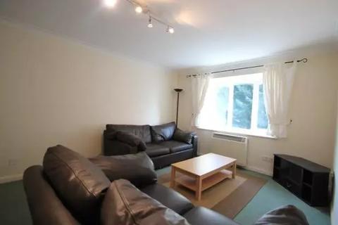 1 bedroom flat to rent - Missenden Gardens, Slough SL1